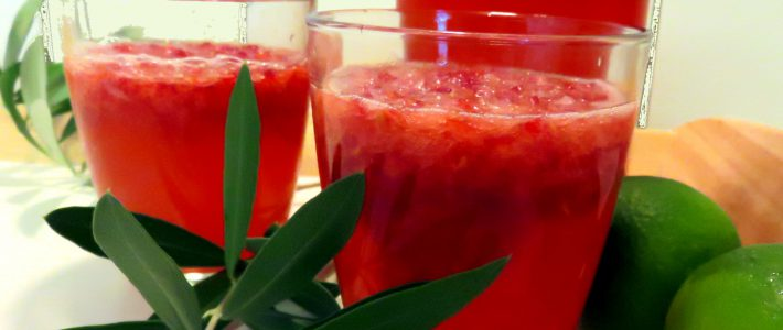 Zuckerfreie Limetten-Himbeer-Limonade